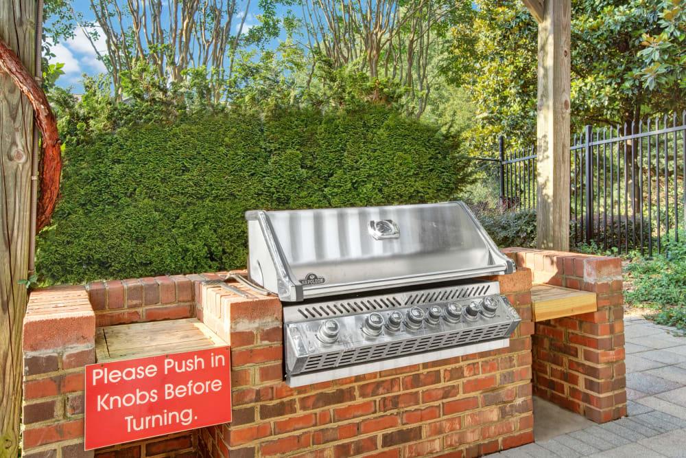 Community barbecue space at Avia at North Springs in Atlanta, Georgia