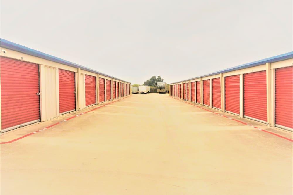 Lockaway Storage FM 471 Exterior Units