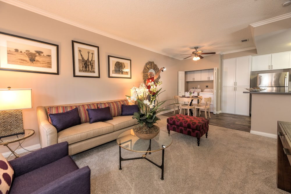Spacious living room at Paloma Summit Condominium Rentals in Foothill Ranch, California