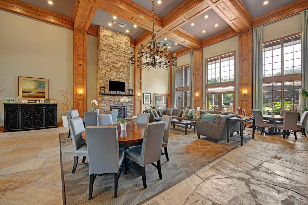 Dining room at Woodway at Trinity Centre in Centreville, Virginia