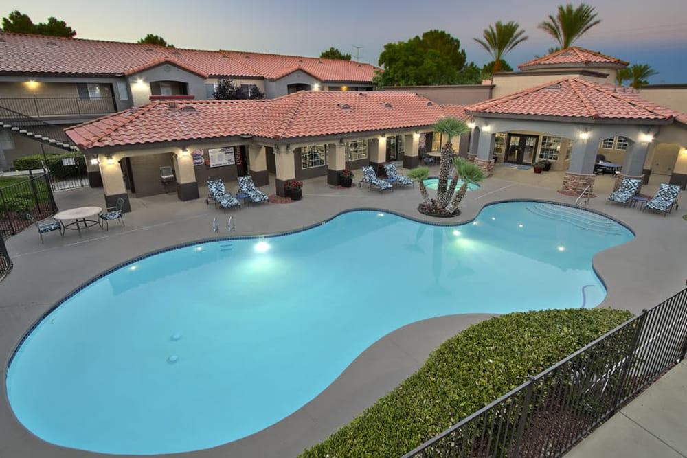 Enjoy Apartments with a Swimming Pool at Mariner at South Shores in Las Vegas, Nevada