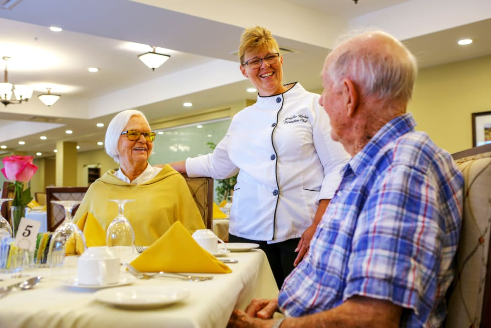 Executive chef with residents dining at Harmony at West Shore in Mechanicsburg, Pennsylvania