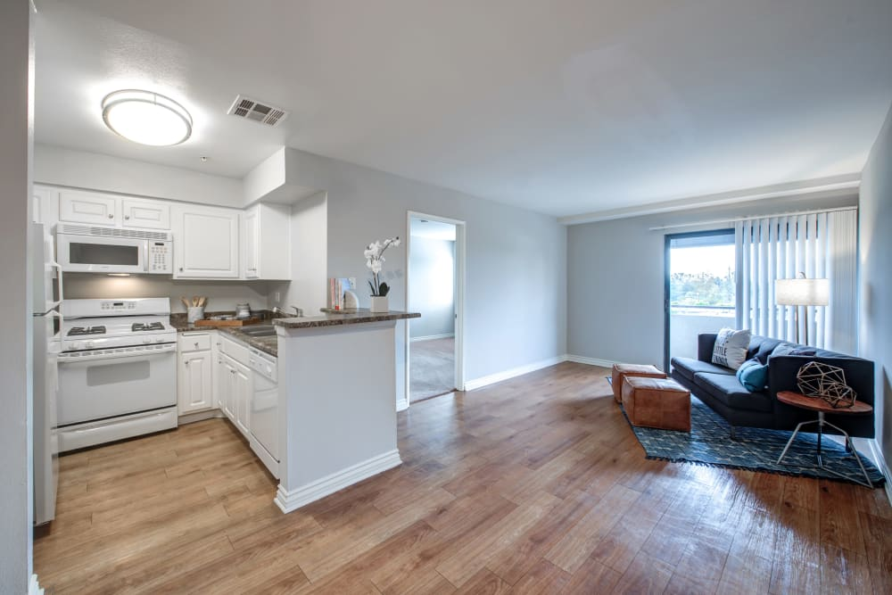 An open apartment floor plan at Vue at Laurel Canyon in Valley Village, California