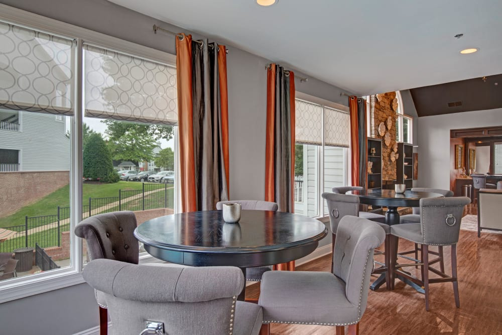 Clubhouse with amenities poolside at Sussex at Kingstowne in Alexandria, Virginia