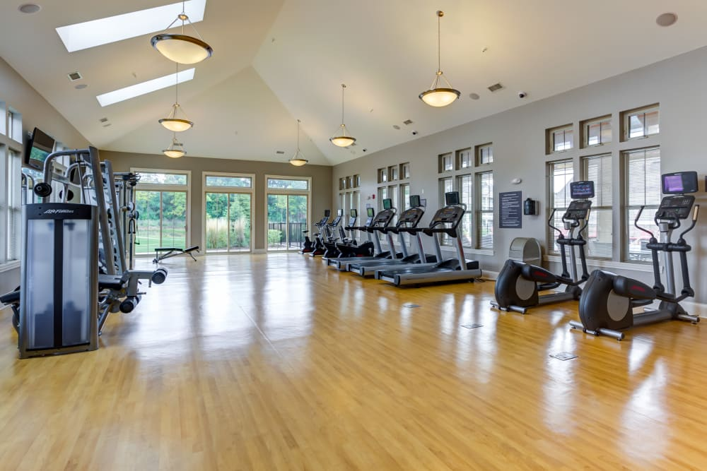 Gym at The Oaks Of Vernon Hills in Vernon Hills, IL