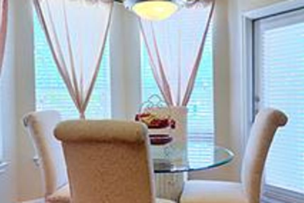 Breakfast nook at Somerset at Spring Creek in Plano, Texas