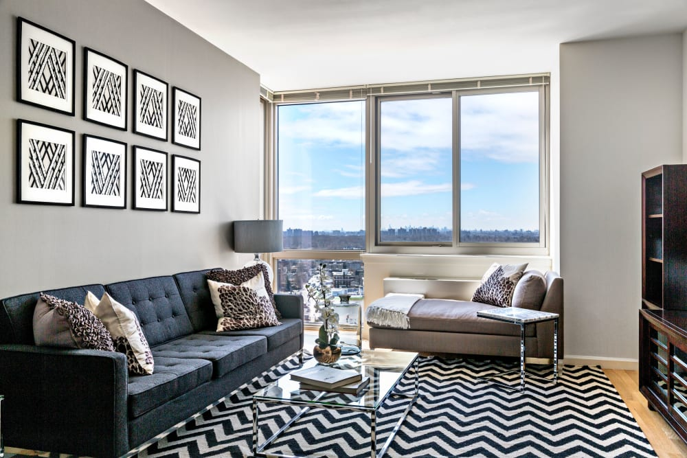 Living room with modern decor at Skyline New Rochelle in New Rochelle, New York