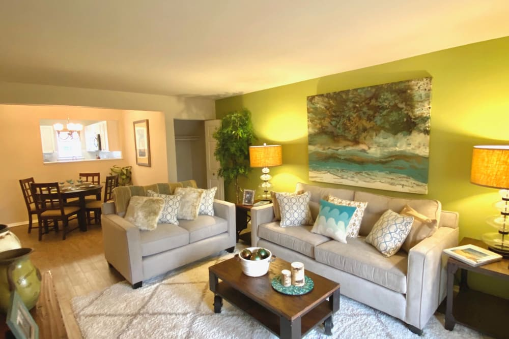 Living room at Harbor Village Apartments in Richmond, Virginia