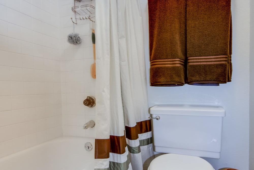 Model bathroom with oval tub at Santana Ridge in Denver, Colorado