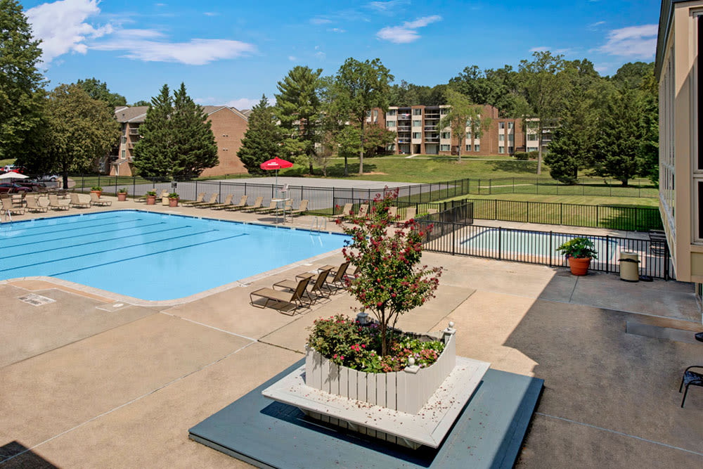 Swimming pool and community grounds at Cinnamon Run at Peppertree Farm in Silver Spring, Maryland