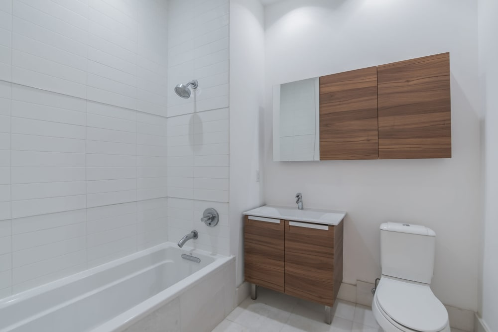 Modern bathroom at Monarch at Ridge Hill in Yonkers, New York