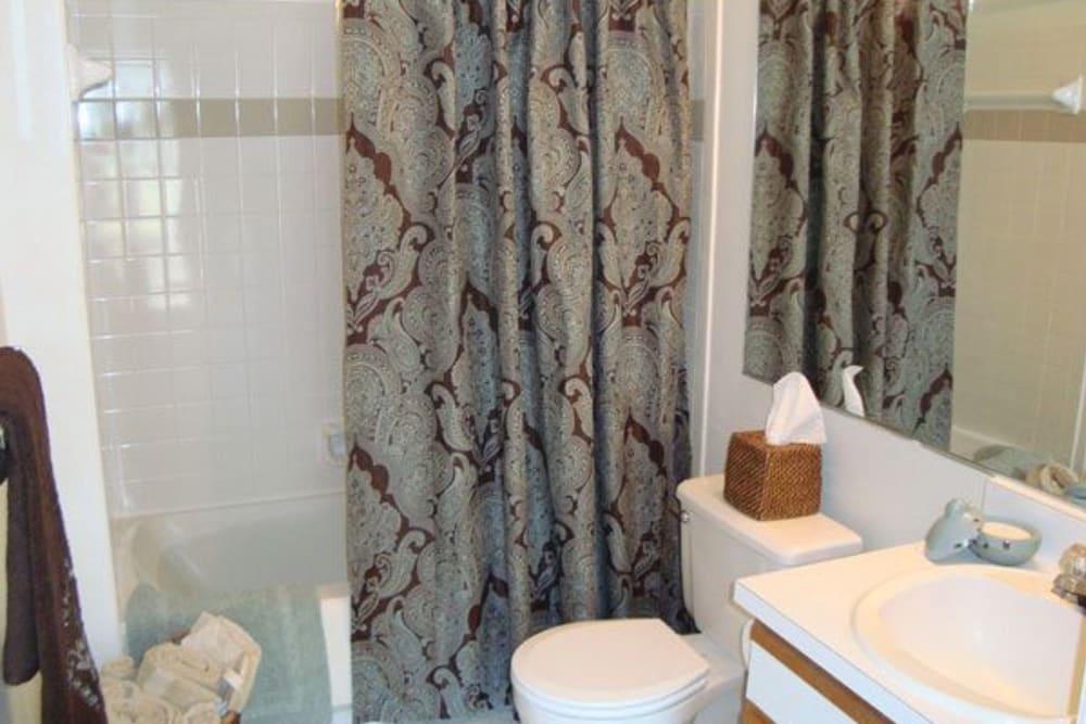 Bathroom featuring a shower bathtub at The Commons At Haynes Farm in Shrewsbury, Massachusetts