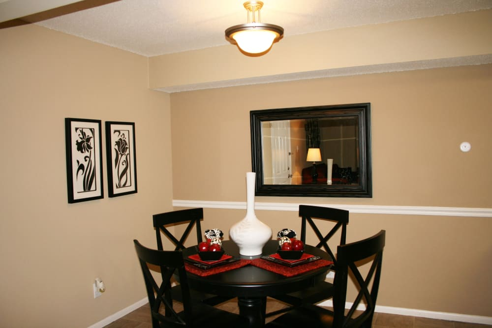Dining nook at Oxford Hills in St. Louis, Missouri