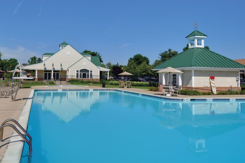Community pool at Golf Club Apartments in West Chester, Pennsylvania