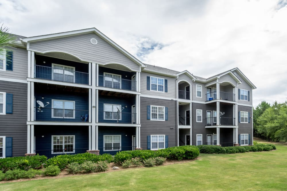 Exterior view of complex at Meadow Springs in College Park, Georgia
