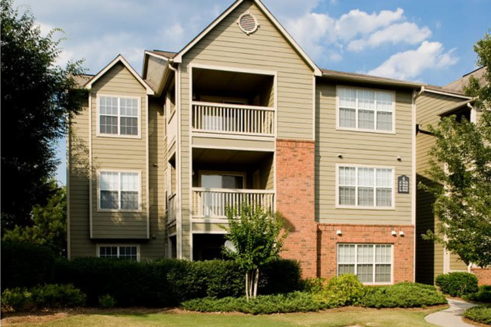 Apartment building exterior at Holland Park in Lawrenceville, Georgia