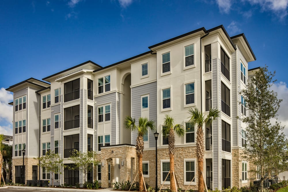 Apartment building at Linden Audubon Park in Orlando, Florida