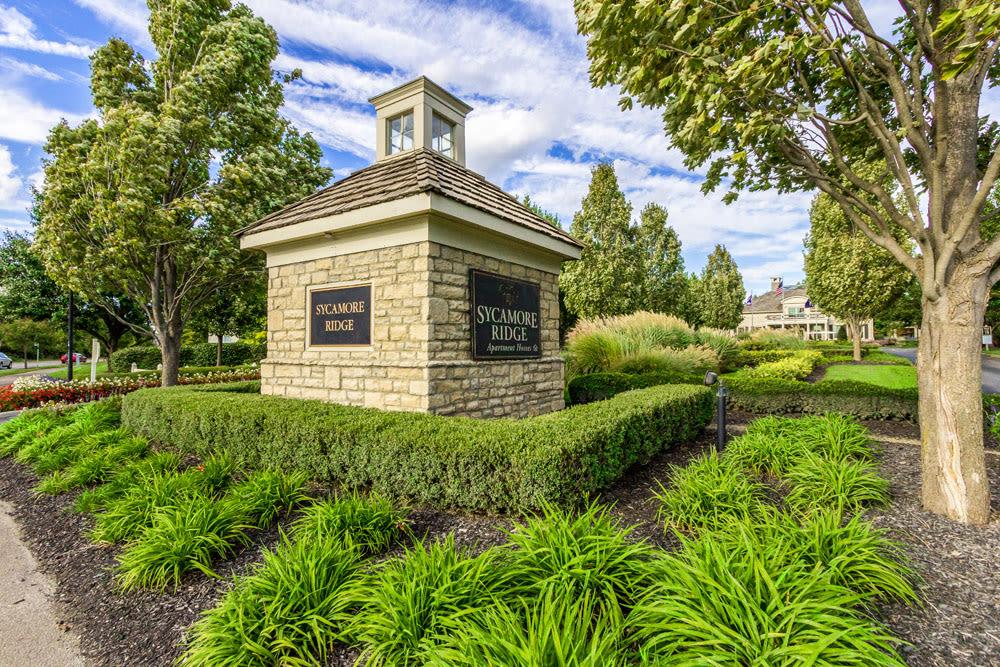 Entrance sign at Sycamore Ridge in Dublin, Ohio