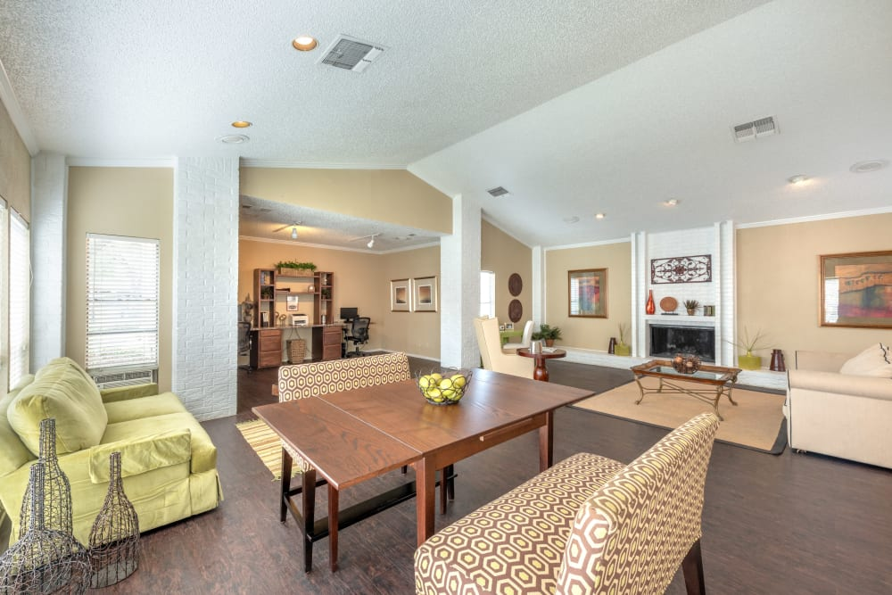 Common area for residents at The Madison in Dallas, Texas