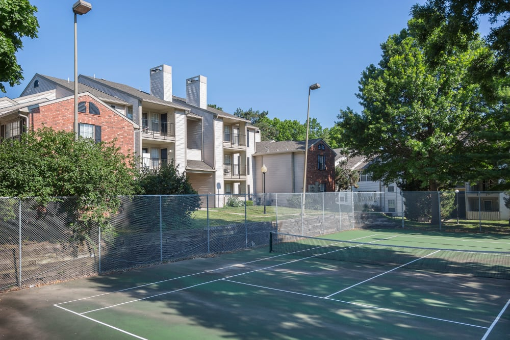 On-site tennis courts at The Mansion in Independence, Missouri