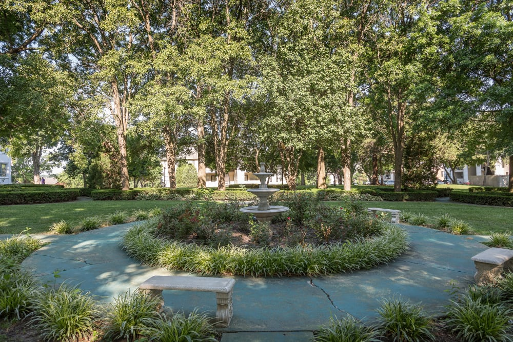 Garden leading to a fountain at The Mansion in Independence, Missouri