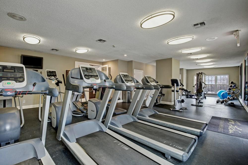 Plenty of treadmills in the fitness center at The Lakes of Schaumburg in Schaumburg, Illinois