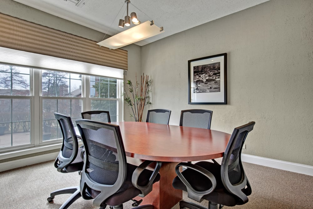 Conference room available for residents at The Lakes of Schaumburg in Schaumburg, Illinois
