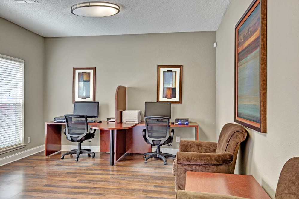 Business nook with computers available for residents at The Lakes of Schaumburg in Schaumburg, Illinois