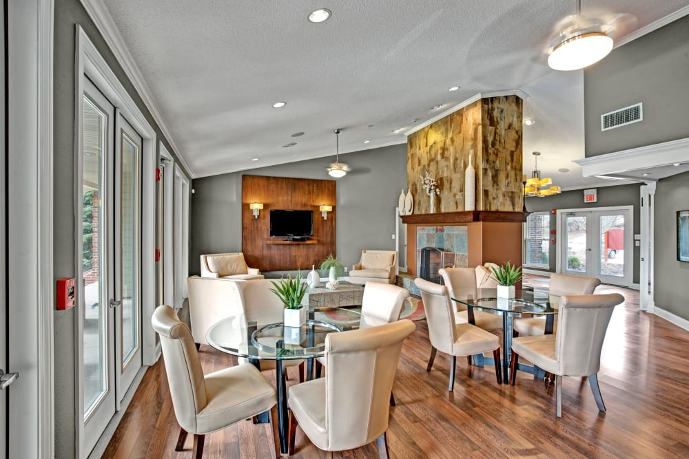 Plenty of dining tables in the clubhouse at The Lakes of Schaumburg in Schaumburg, Illinois
