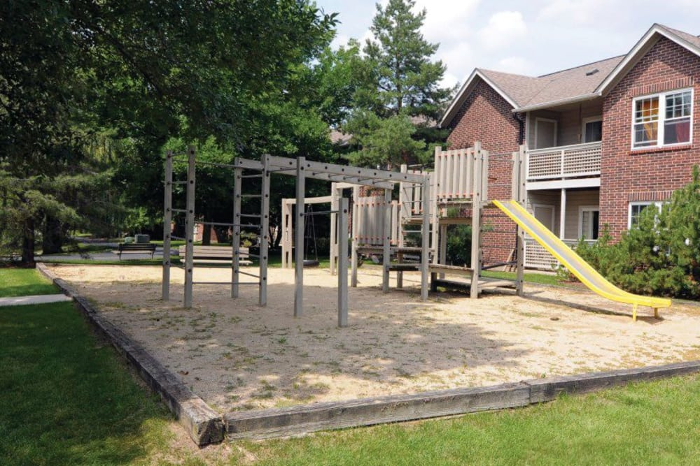 Children's playground outside at The Lakes of Schaumburg in Schaumburg, Illinois