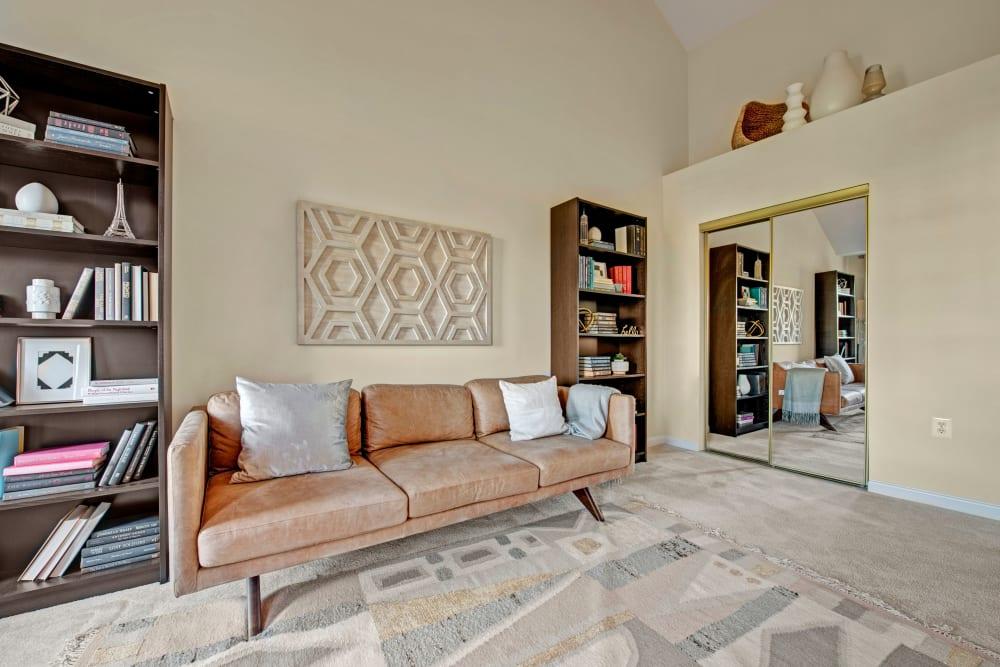 living room at Dulles Greene in Herndon, Virginia