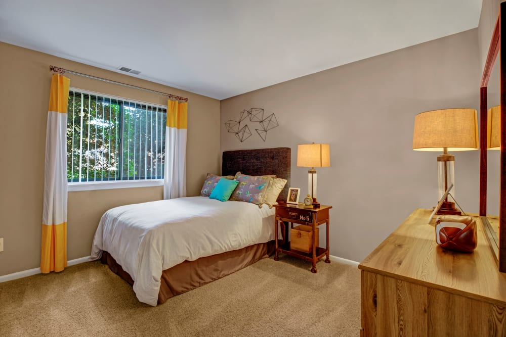 Well decorated guest bedroom at The Gateway in Gaithersburg, Maryland