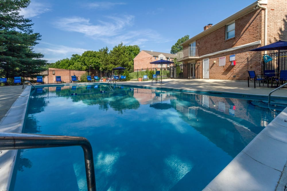 Park at Hurstbourne offers a Beautiful Swimming Pool in Louisville, Kentucky