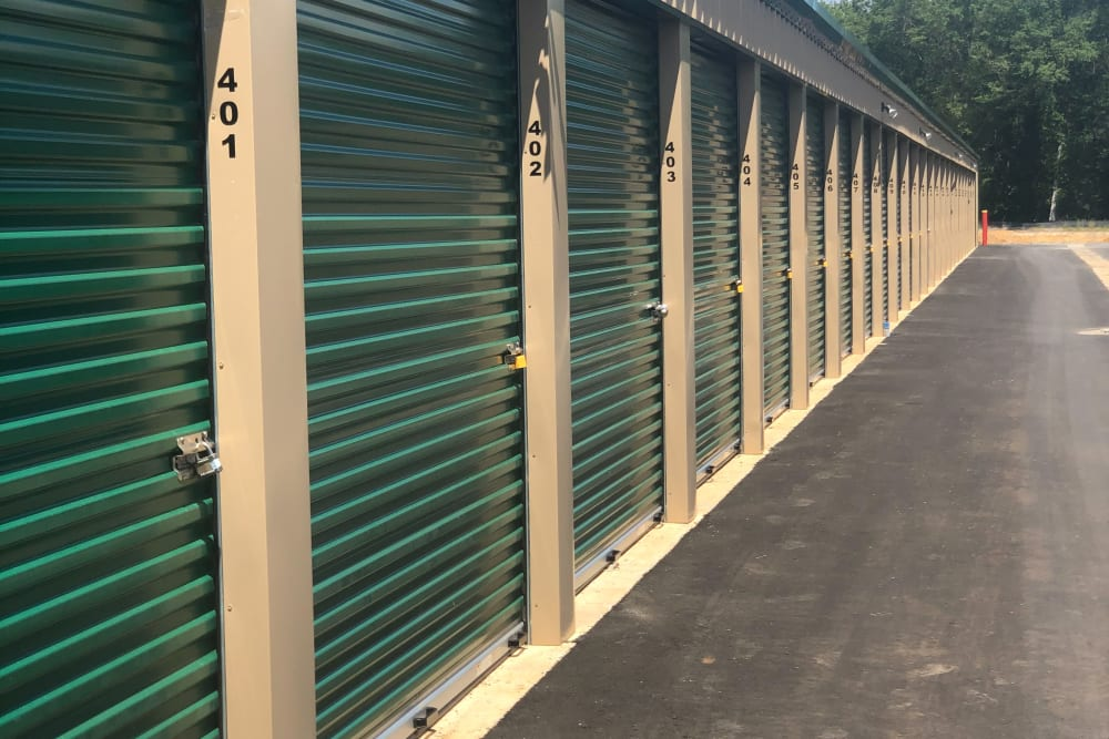 Secure self storage units in Warner Robins GA