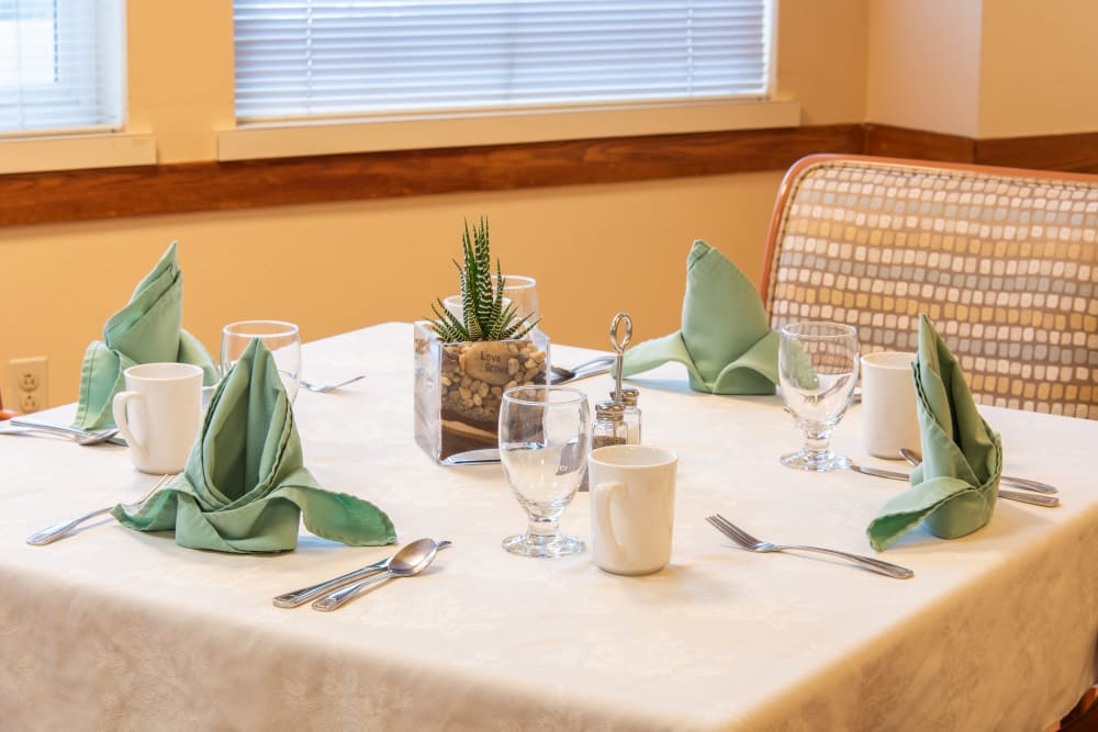 A dining room table at Mission Healthcare at Bellevue in Bellevue, Washington.