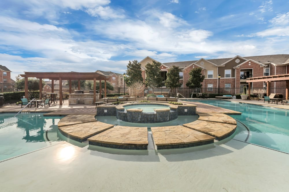 Resort style pool at Vista 121 Apartment Homes in Lewisville, Texas