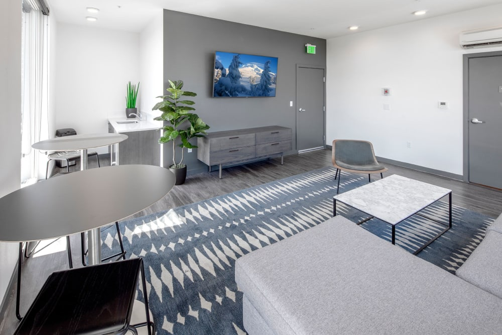 Resident lounge and tv at Parallax Apartments in Portland, Oregon