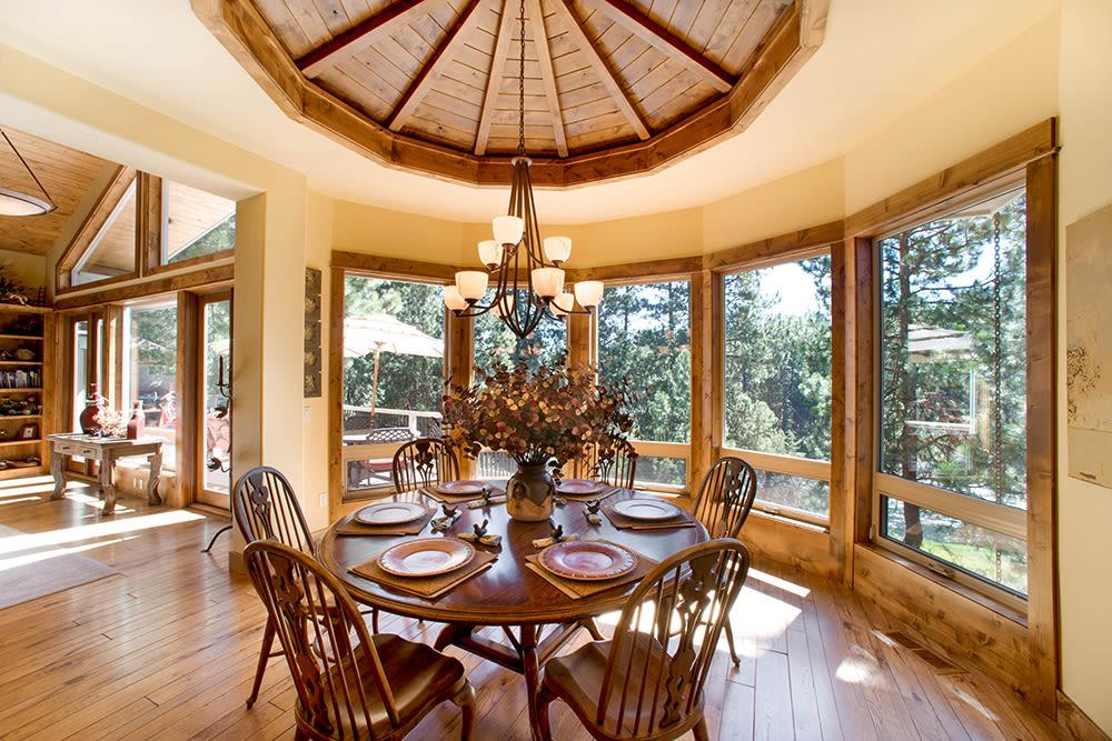 An independent living cottage at Touchmark at Mount Bachelor Village in Bend, Oregon