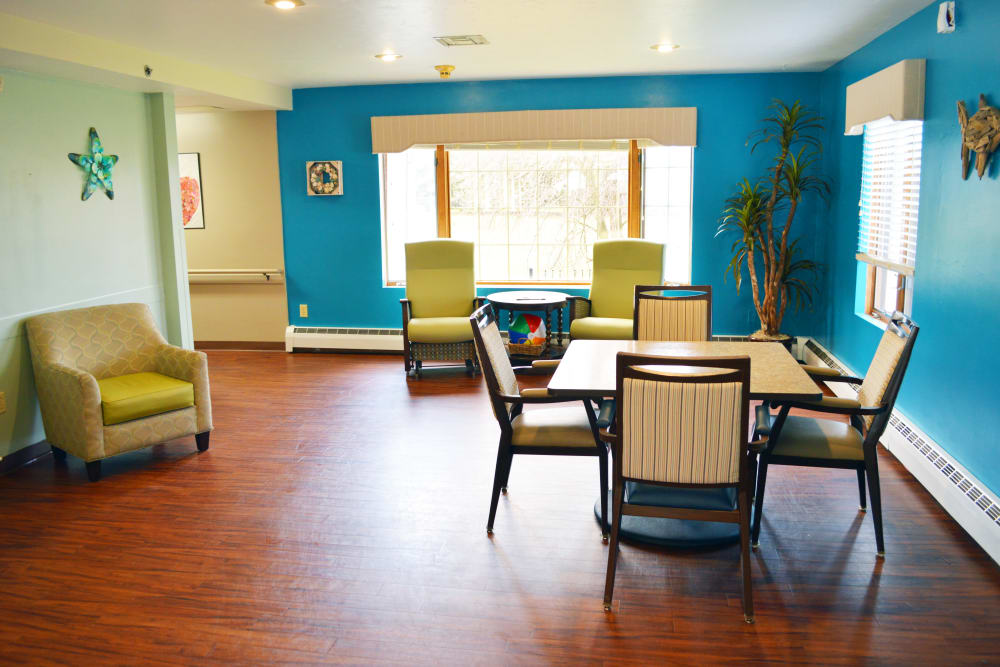 Seating area at Wyndemere Assisted Living, Green Bay, WI.