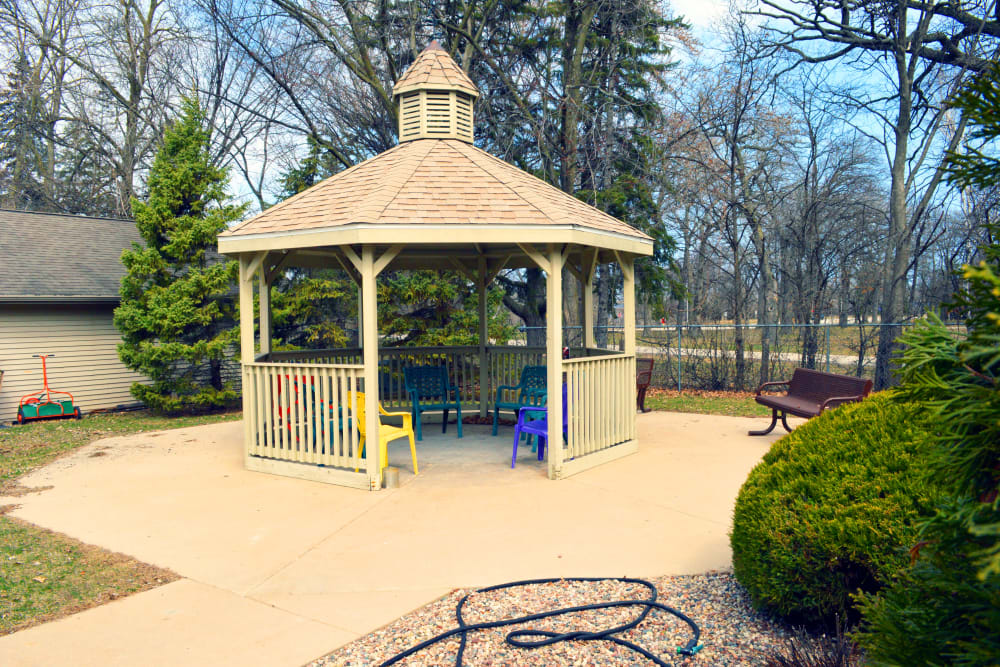 Outdoor area at Wyndemere Assisted Living