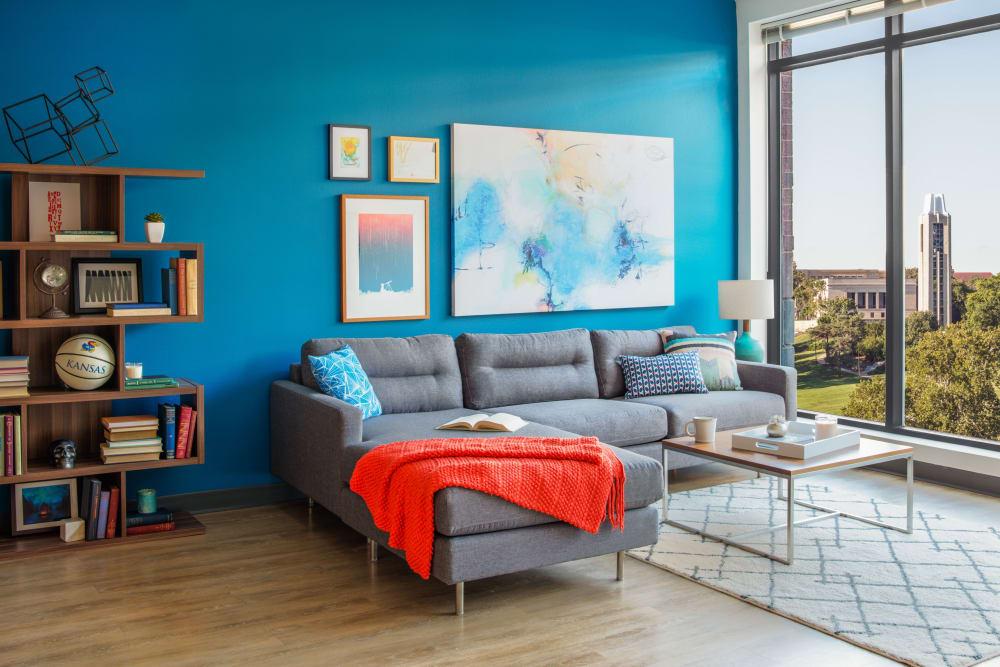 Spacious living room at HERE Kansas in Lawrence, Kansas