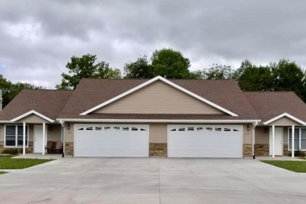 Independent living townhomes at Arlington Place Oelwein in Oelwein, Iowa