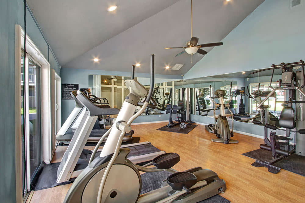Well equipped fitness center at Overlook Point Apartments in Salt Lake City, Utah