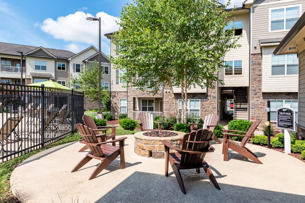 Fire pit for residents at Commonwealth at 31 in Spring Hill, Tennessee