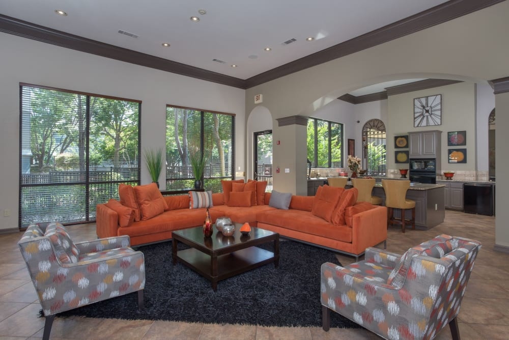 Resident lounge at The Verandas at Timberglen in Dallas, Texas