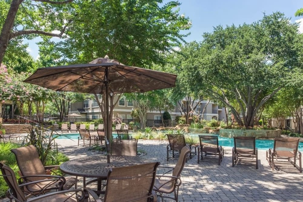 Pool lounge at The Verandas at Timberglen in Dallas, Texas