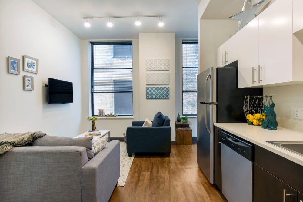 Spacious living area at INFINITE in Chicago, Illinois
