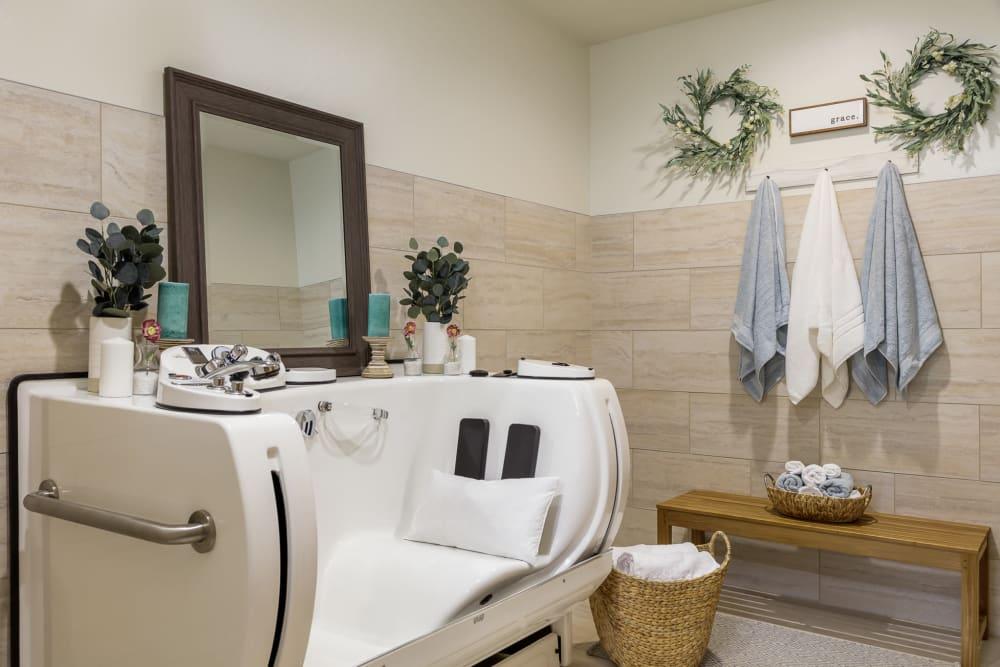walk-in spa at the salon in Edencrest at The Legacy in Norwalk, Iowa