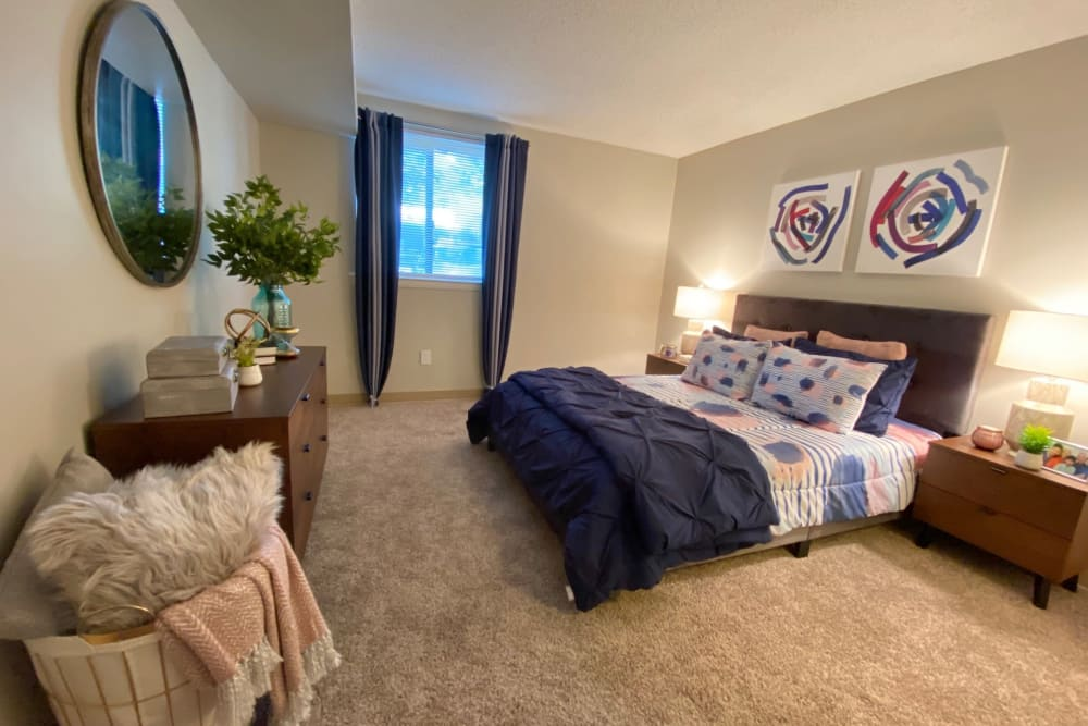 Bedroom at Preserve at Cradlerock Apartment Homes in Columbia, Maryland