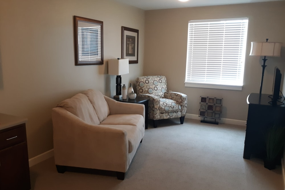 Open living room at Emery Place in Robins, Iowa